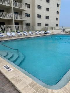 Hacienda-Del-Sol-1-Pool-1