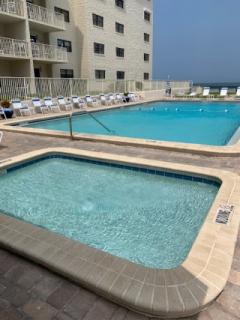 Hacienda-Del-Sol-1-Pool-2